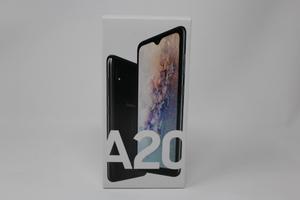 新品未使用 SIMフリー Galaxy A20 SCV46 ブラック 黒 J:COM版 送料無料