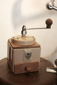 PEUGEOT プジョー コーヒーミル PEUGEOT ブロカント 古道具 キッチン雑貨 カフェ フランス アンティーク 美容室 什器 店舗
