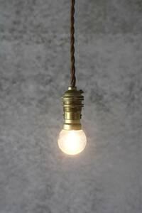 送料無料!真鍮 ソケットランプ フランスアンティーク/吊り下げ 英国 北欧 照明 陶器 磁器 イギリス カフェ 店舗 古民家 アトリエ