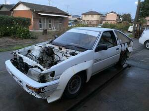 Corolla Levin AE86 engine less, mission equipped roll bar
