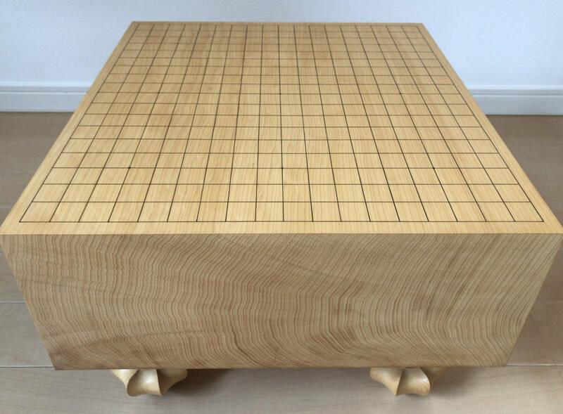 日本産本榧 天地柾目 5寸5分 囲碁碁盤