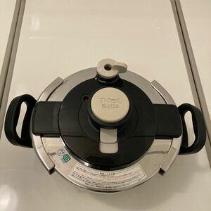 ティファール圧力鍋 3L クリプンクレール