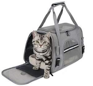 【送料無料】グレー 猫 犬 小型犬 うさぎ用 キャリー バッグ リュック 猫運び ハウス ペットキャリー 折りたたみ 飛び出し防止リード付き