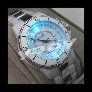 ■送料無料■新品♪OHSENデザイン腕時計ホワイト/白☆超軽量14【メンズレディース人気ブランド金運初売り新春2021福袋】