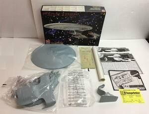A4991-68 AMT Star Trek Generations U.s.s Enterprise スタートレック USS エンタープライズ 【パーツ未チェック/詳細不明】