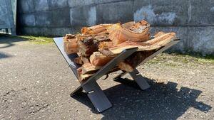 【無骨】簡易的薪ラック アイアン薪スタンド カラー:素地仕上 焚き火台 薪ストーブ
