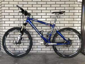 L3785(111)-330/NR12000【名古屋】TREK トレック 自転車 クロスバイク