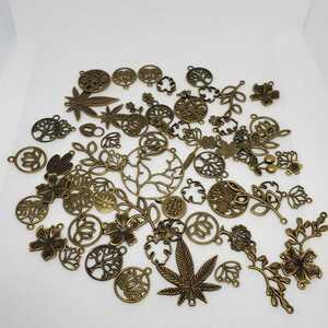 【ハンドメイド素材】木、葉っぱのチャーム ハンドメイド#金属#メタル#枝#葉っぱ#木#自然#ナチュラル
