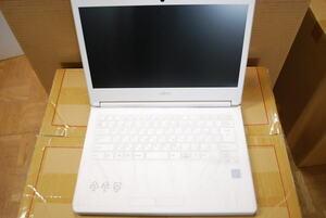【ジャンク品、電源ボタン不良】FUJITSU(富士通) LIFEBOOK LH35/C2 FMVL35C2W 〔Windows 10〕Celeron 3865U (1.8GHz) メモリ4GB SSD128GB