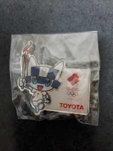 東京オリンピック ピンバッチ ピンバッジ 2020 聖火リレー トヨタ ピンズ 未使用
