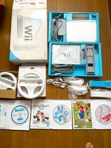 Wii本体/Wiiリモコンプラス2本/Wiiハンドル2個/ゲームソフト3点 美品