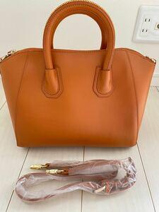 本革ショルダーバッグ 通勤通学ハンドバッグ デザインの2wayハンドバッグ