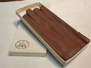 もう絶対に手に入らない 凄い 超希少レア 信じられない 1968年製(58年前)デッドストック 奇跡の新品同様 最高状態 女性用 最高級本革手袋