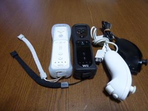 RSJN013【送料無料 動作確認済】Wii リモコン ヌンチャク ストラップ ジャケット 2個セット ホワイト ブラック 白 黒 リモコンカバー