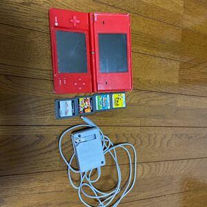 Nintendo DSi本体+ソフト4種+充電器 ソフト(マリオカート、メイドインワリオ、スーパーマリオブラザーズ、パワプロ)