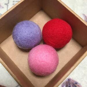 猫のおもちゃ☆ニャン玉☆羊毛フェルトボール