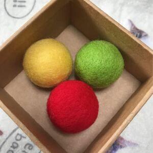 猫のおもちゃ☆ニャン玉☆鈴入り羊毛フェルトボール