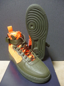 60%off即決!NIKE SPECIAL FIELD AIR FORCE 1 MID URBAN UTILITY 300カラー 28.0cm 新品