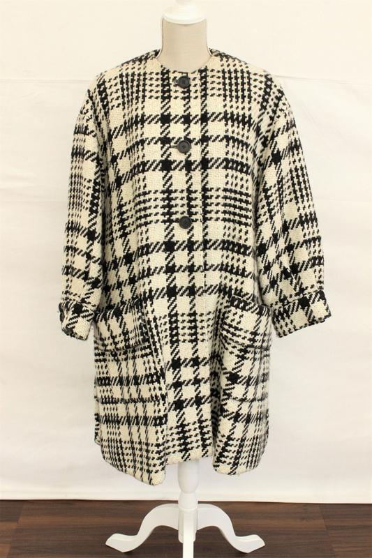 【行董】 Christian Dior クリスチャンディオール 長袖セーター ニット 総柄 トップス ファッション AA000BOM25