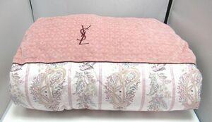 ♪未使用!YVES SAINTLAURENT(イヴ・サンローラン/泰道リビング㈱)羽毛肌掛け布団/シングル150×200㎝/ピンク系×ペイズリー柄