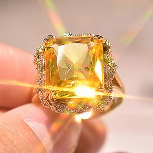 『過去最高級』◆ 高品質 レディース YELLOW ダイヤリング 4ct【18K】注目 新品 贈答品 価格高騰中