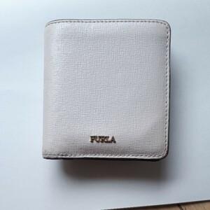 フルラ ミニ財布 薄いピンク コンパクト