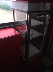 ショーケース 冷蔵庫 AGV-182X-B 冷蔵ショーケース 業務用 店舗 オシャレ SANDEN サンデン 4面 ジャンク 電源入りますが冷えません