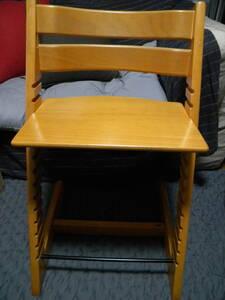 ★ Подскажитенное решение ★ стоковое фото Stokke ★ детское кресло (стул) ★
