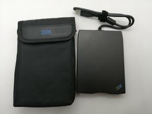 IBM 純正 3.5インチ外付けFDD フロッピーディスクドライブ FD-05PUB USB接続 ケース付き
