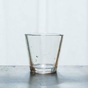 19世紀 フランス 教会で使われていた古い手吹きのキャンドルグラス / アンティーク1800年代 気泡 硝子 ガラス盃 冷酒コップ ワイングラス z