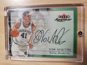 サイン 2000 -01 Fleer Autographics DIRK NOWITZKI Auto / ダーク ノウィッツキー Autograph