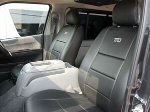 200系ハイエース/レジアスエース S-GL シートカバー フロントのみ (ナロー/ワイド)1型/2型/3型/4型/5型/6型<ダークプライム車対応>