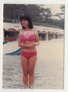 Kawai Naoko A photographing person . direct print do ... valuable .E stamp photograph.. copy . copying etc. is not.