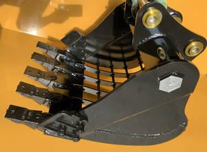 スケルトンバケット(新品) 細目80x80,キャタピラー:301.5/302/MM15/MM20/MM25.クボタU17/U20/U25/RX202/RX203/RX205/K020/K022/KH021/KX021