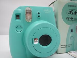 【中古品】FUJIFILM チェキ instax mini8+ インスタントカメラ Mint (管理番号:060106)