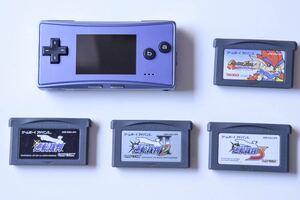ゲームボーイミクロ ゲームボーイミクロ本体 ゲームボーイアドバンスソフトセット 動作確認済み 美品