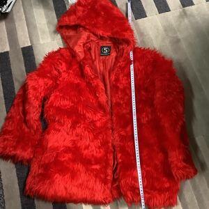 5th street フェイクファー ジャケット ブルゾン パーカ ジャンパー コート mサイズ レア 赤ファー エルモ モコモコ