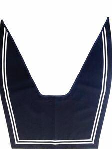 セーラー服の衿