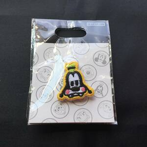 ピンバッジ グーフィー ディズニーストア Disney STORE ピンズ バッチ