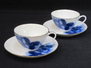 F516 大倉陶園 オークラ ブルーローズ ティーカップ&ソーサー 2客セット 美品 碗皿 陶器 茶器 ペア 花柄 薔薇 金彩 OKURA