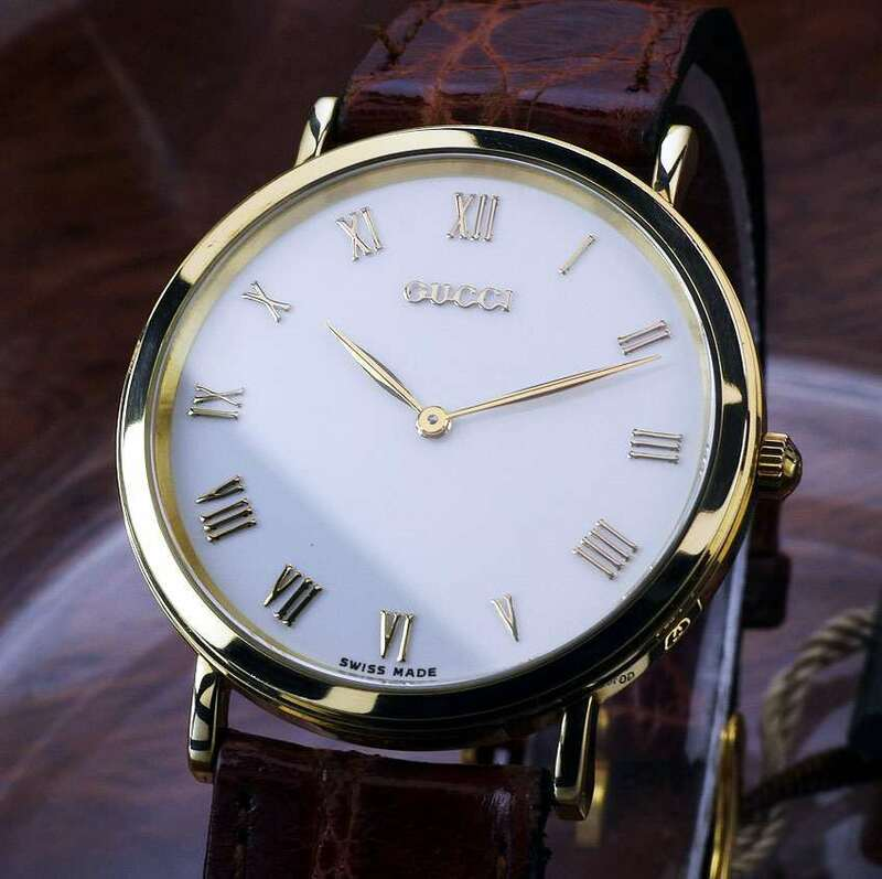 GUCCI グッチ 700M 18KT/750 White Dial メンズ クォーツ ( 美品 ,New Battery )/ 32mm /Box, Card