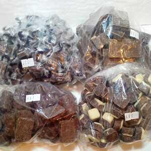 チョコ菓子 4種 合わせて1.6キロ