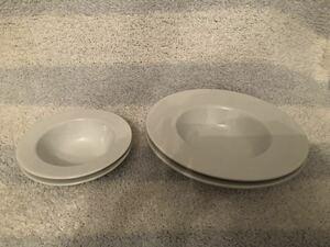 パスタ皿 サラダ スープ 皿 食器 白 4枚 セット パスタプレート 2人用