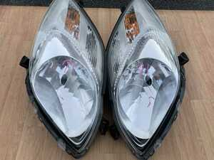 71 状態良 トヨタ ヴィッツ KSP90 SCP90 NCP91 NCP95 左右 ヘッドライト ヘッドランプ電動レベライザー付  光軸