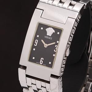 1円★稼働★【ヴェルサーチ】5035 スイス製 スクエア ブラック文字盤 純正ベルト QZ メンズ腕時計 A0147749