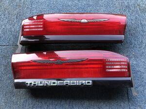 フォード サンダーバード 左右テールライトレンズ 中古