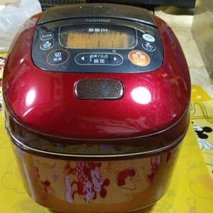 ★TOSHIBA 真空かまど炊き IH真空保温釜炊飯器 RC―10VRE(R)