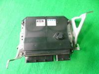 Mark X Gio  DBA-ANA10  компьютер двигателя