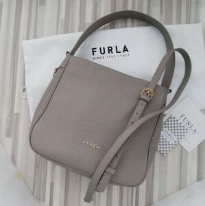 美品 FURLA フルラ ショルダーバッグ 証明書つき natalla サッビア グレージュ 2wayバッグ シボ加工