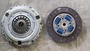 VALEOvare over Leo clutch kit Citroen C4 Grand Picasso UA 826815 2052K0
